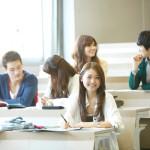 学生でもカードローンを利用できるって本当?