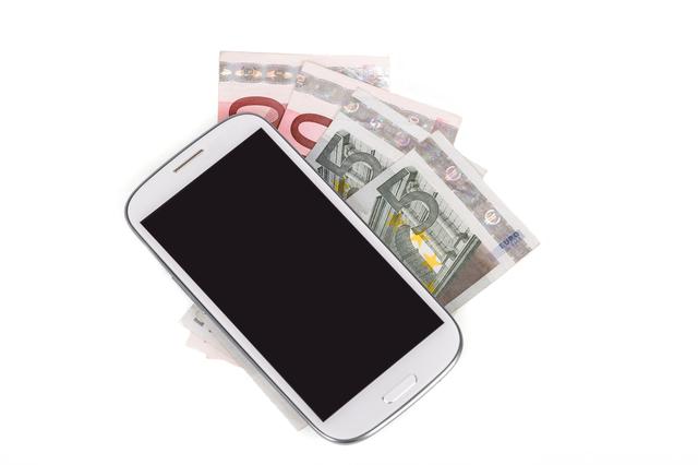 スマートフォンと現金